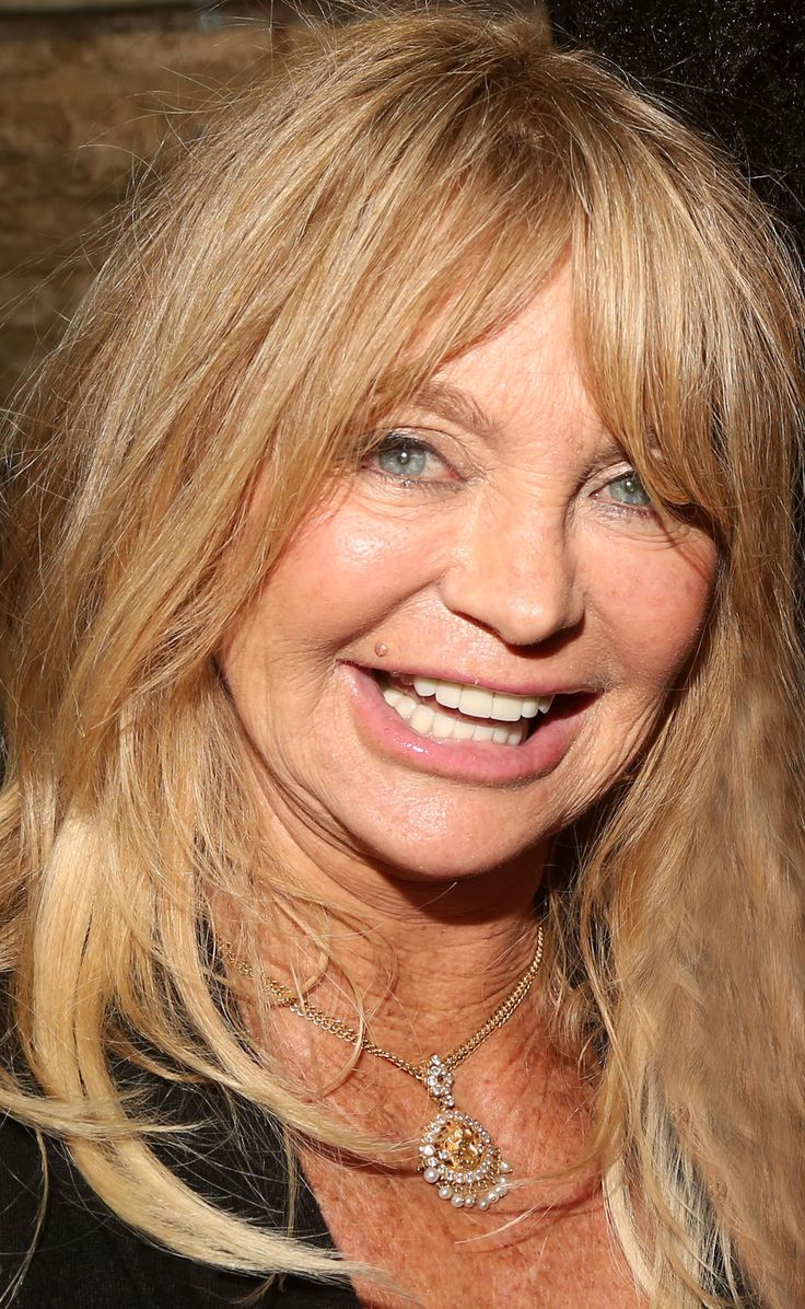 EXCLUSIVE: Find Out How Goldie Hawn Plans to Revamp Her Life at Age 70!