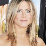 http://bit.ly/HBpGvV    Jennifer Aniston's Choppy Layers WHAT TO ASK FOR: While Aniston's current style is a grown-out version of her A-line bob, you can achieve the same look by asking your stylist to create a long bob that hits just below the collarbone, cut with layers in varied lengths. Photo: Tsuni/GammaUSA