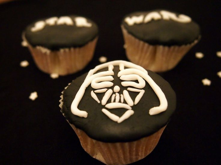 Darth Vader Star Wars Cupcakes