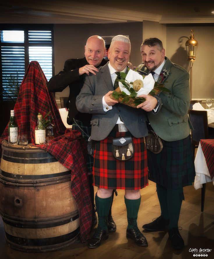 Burns Night 2018 - Three Men and a Haggis! Guess which one's Tom Sellek? Those nice chaps from Les Rocquettes Hotel getting ready for their traditional *Burns Night celebrations. *You can celebrate Burns Night on Saturday 27th Jan at Les Rocquettes - 6:30pm for 7:30pm and there are still some spaces.