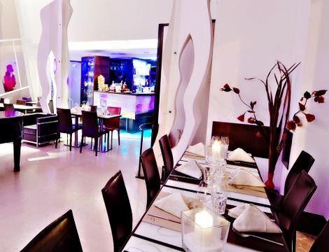 Scopri il #LoungeBar Elegance #Cafe di #Roma e goditi il fantastico #Aperitivo #Apericena x2 al 57% di sconto!