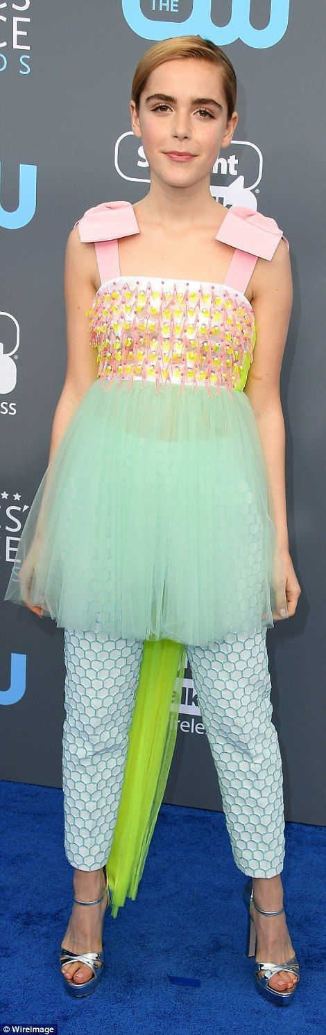 Bold move:Mary Elizabeth Winstead (l) andKiernan Shipka (r) both decided to go for lacy ... #charlotteolympiaheelsred