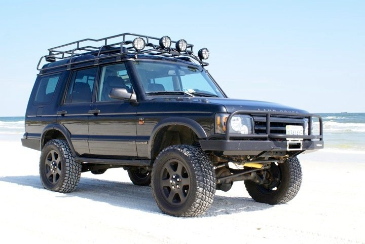 land rover discovery oh you 39 ve got a 4x4 that 39 s cute overland vehicles pinterest land. Black Bedroom Furniture Sets. Home Design Ideas