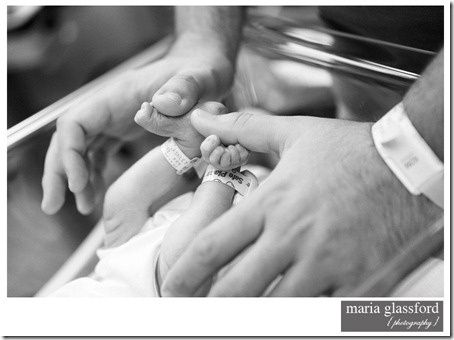 Newborn hospital pictures to take.