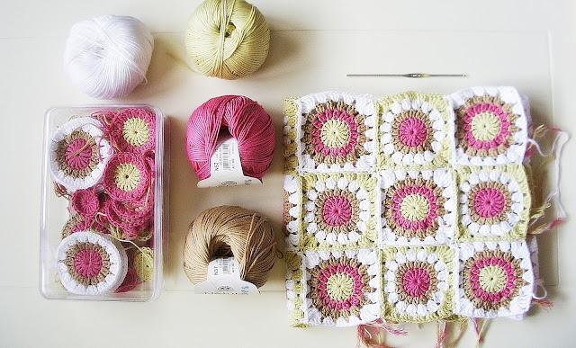 Granny square blanket with DMC Natura Just Cotton