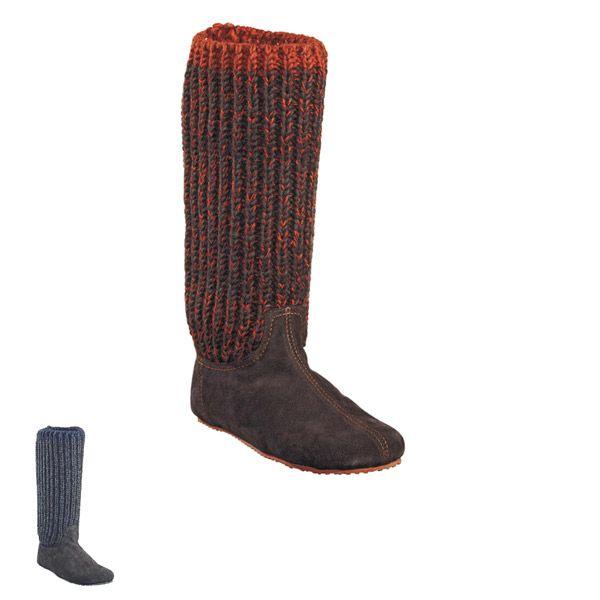 Sheepskinn slippers designed for #shepherd Fårskinnstofflor #oddbirds Milla