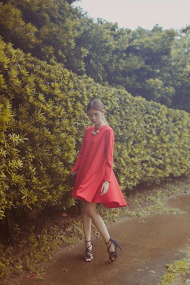 Tricia Gosingtian - Peggy Hartanto Dress, The Sm Store Shoes, The Sm Store Accessories - 081815