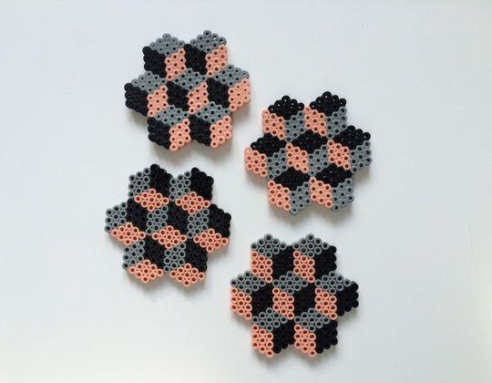 Onderzetters kubus roze strijkkralen pinterest interieur - Kubus interieurs ...