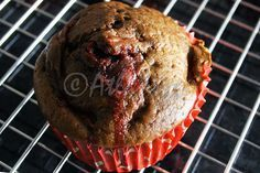Terapia do Tacho: Queques de alfarroba e morangos (Carob and strawberries muffins)