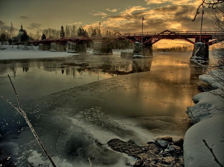 Lejonströmsbron...... Skelleftea, Sweden. Well, that's what it REALLY is. For my book it's Davoriel in winter.