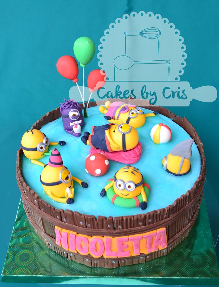 minion in swimmingpool cakes - Google zoeken