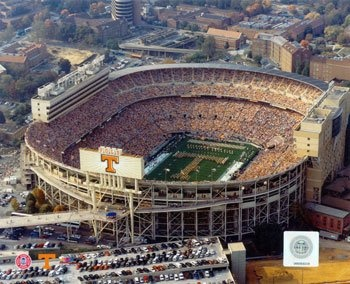 Neyland Stadium - Home of the Big Orange!Events Living, Sports Events, Favorite Places, Favorite Seasons, Rocky Tops, Neyland Stadium, Big Orange, Football Pics, Tennessee Football