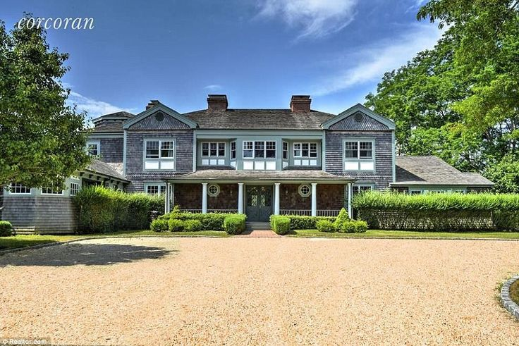 Hercules actor Kevin Sorbo is selling his eight-bedroom party pad in the Hamptons for $6.5 million