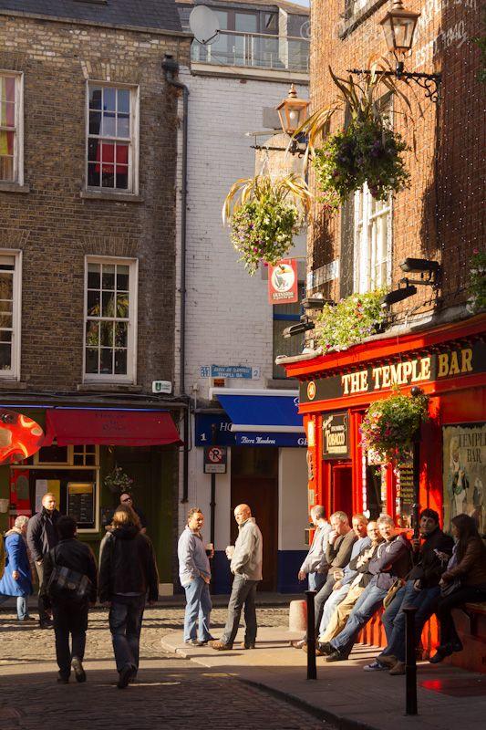 Temple Bar, Dublin.: Irish Girls, Temple Bar, Temples Bar Dublin, Bar Areas, Dublin Street, Beautiful Places, Dublin Ireland Travel, Ireland Copyright, Ireland Lov