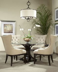 round table for living room. Best 25  Round tables ideas on Pinterest dining table dinning and room