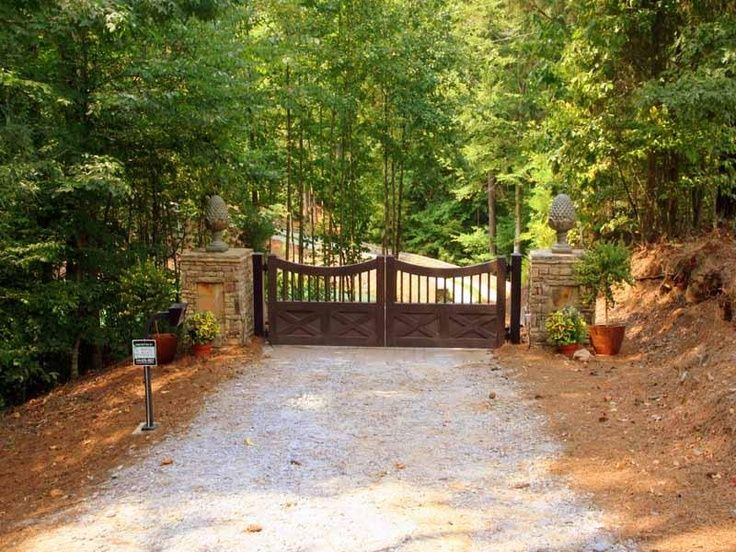 country driveway entrance designs | driveway entrance with stone