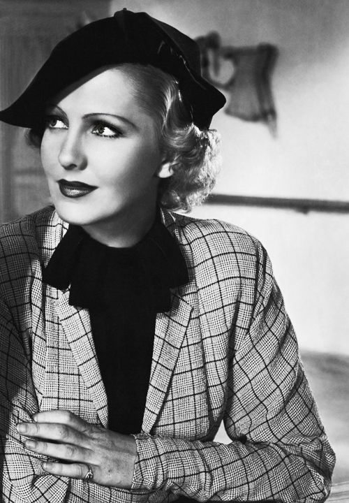 Jean Arthur 1900 - 1991. 90; actress. was once arrested for trespass because she repeatedly snuck into a neighbour's yard to care for an abused dog. Oh, and she also discovered an actress called Meryl Streep - heard of her?.