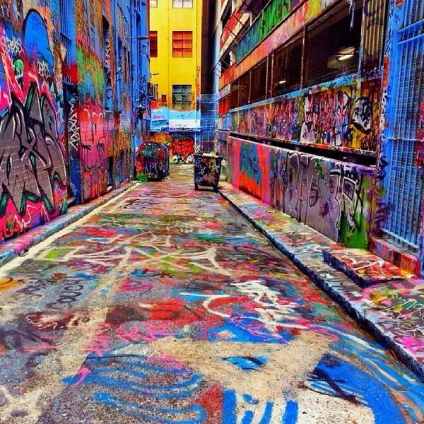 @Australia ... ... ...: The Hosier Lane graffiti is a must see when in #Melbourne. Great shot by @Wendy Felts Felts Maximus! (via IG)