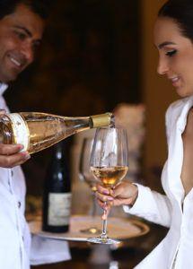 Os vinhos da cerimônia civil do casamento da Lalá Noleto. Dicas e marcas