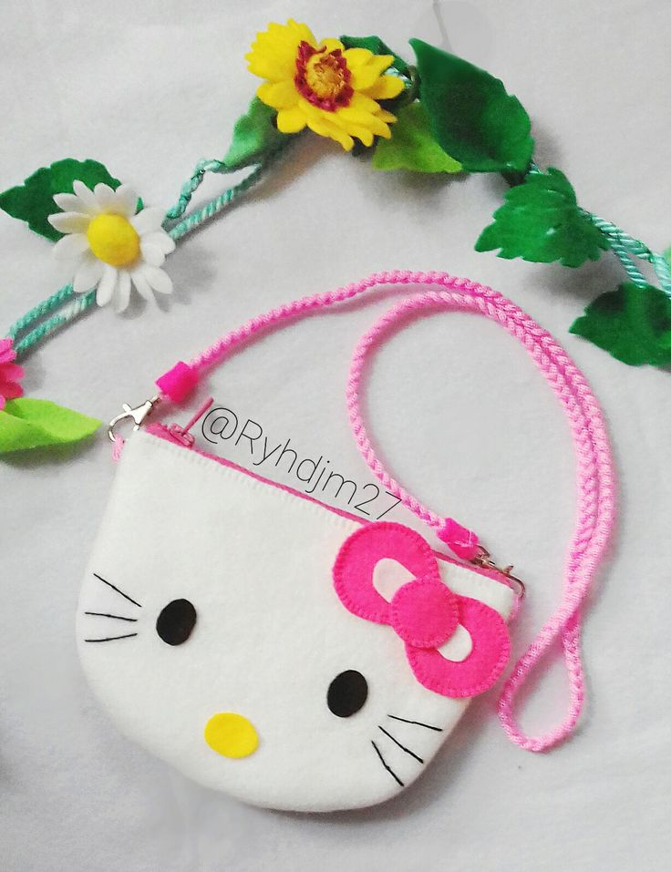 Felt sling bag #hellokitty