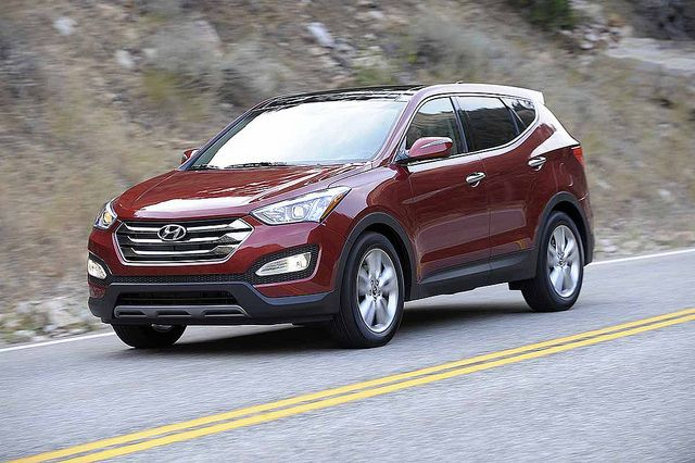 Hyundai Motor decided to make voluntary compensation amid the controversy for its mileage exaggeration on its Santa Fe mid-size crossover model.