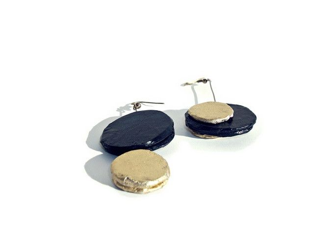 stones black and gold - earrings