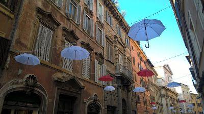 Rome in December - Via dei Banchi Vecchi & Via di Monserrato.  http://romandespatches.blogspot.co.uk/2016/01/rome-in-december-via-dei-banchi-vecchi.html