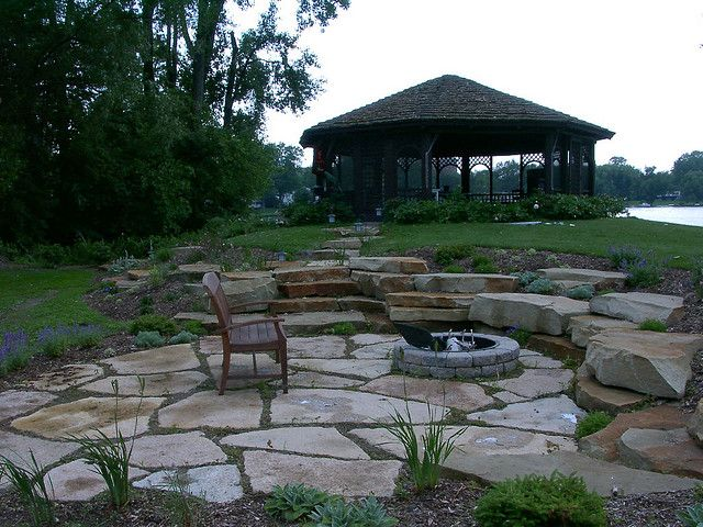 Flagstone fire pit & patio, great idea for lake house!
