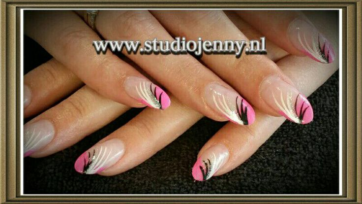 Nail design  - Door Studio Jenny