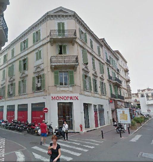 Patchs Anti-Auréoles LAVABLES Monoprix CANNES 9 rue du Maréchal Foch 06400 CANNES Tél : 04.92.99.61.61 Fax : 04.93.38.72.29