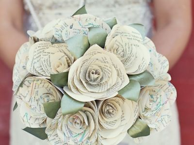 I love this! Not as much as a broach bouquet but it's a close second!