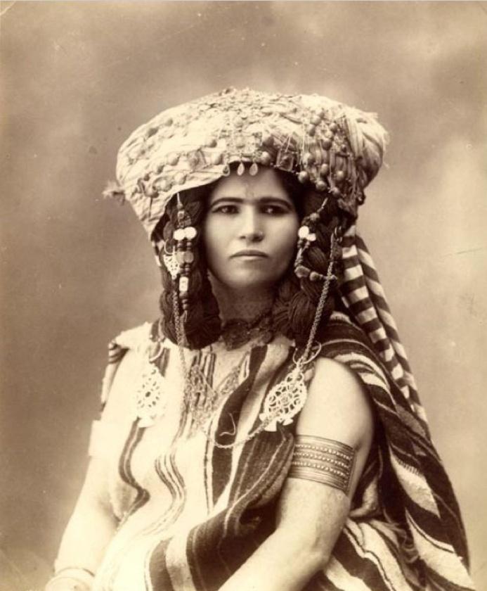 12 best Algerian women images on Pinterest | Vintage ...