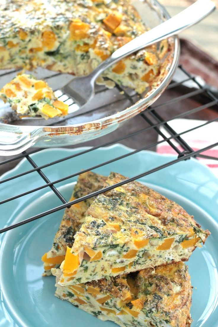 So savory and delicious!! This crustless quiche is paleo and whole30 complaint. Made with eggs, coconut milk, roasted butternut squash, caramelized onions, spinach and a blend of herbs that will blow your breakfast-loving mind!