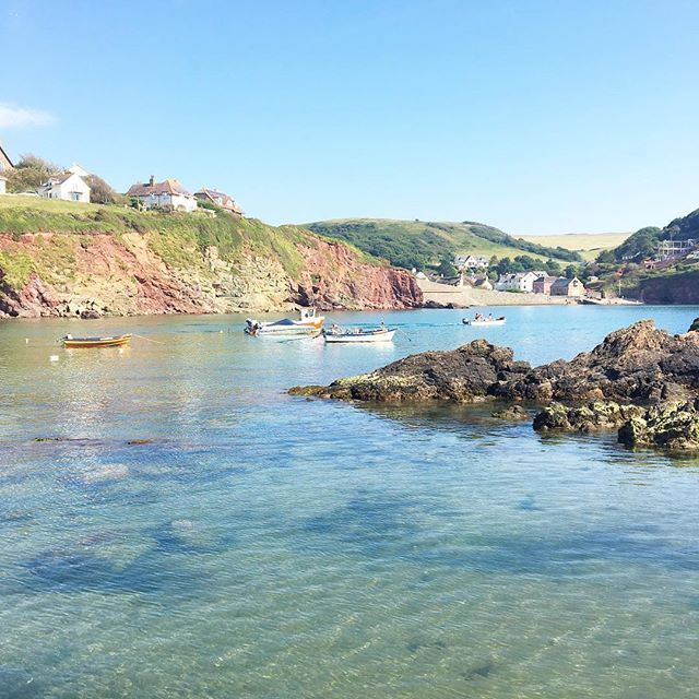 It was the hottest June day since 1976 - we went to Hope Cove again after school and watched our daughter swim in the sea whilst we paddled. It was glorious. This is definitely becoming my favourite beach.
