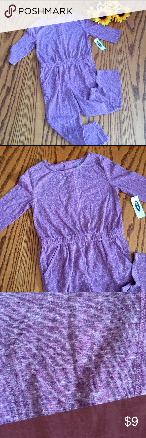 🆕!!! Old Navy Purple One piece Pj's. Size 4T 🆕!!! Old Navy Purple One piece Pj's. Cotton/poly. Size 4T Old Navy Pajamas Pajama Sets