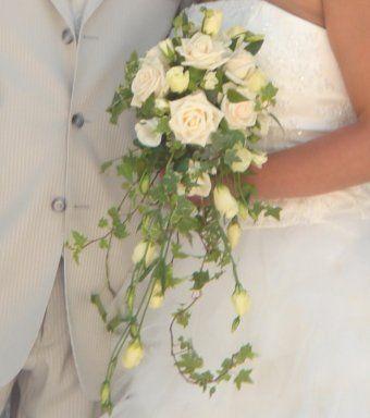 """Résultat de recherche d'images pour """"bouquet de mariée fleurs  lierre """""""