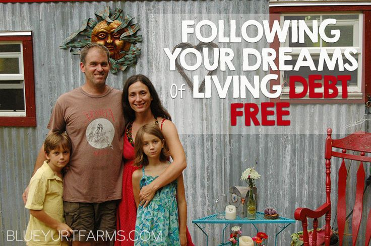 Amazing story of a family living their dream DEBT FREE after they lost it all #homesteading #inspiring #tinyhouse