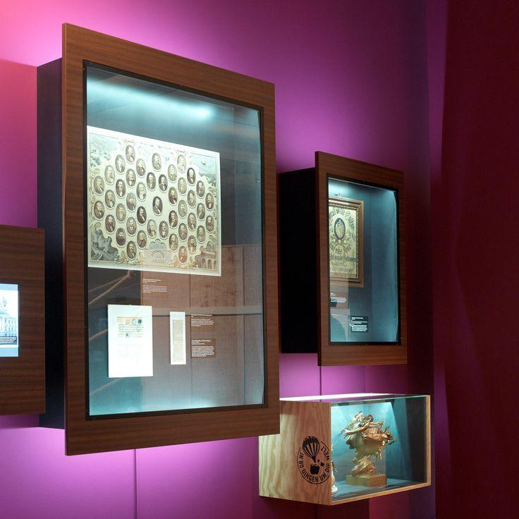 chezweitz   In 80 Dingen um die Welt - Der Jules Verne Code - Museum für Kommunikation, Berlin