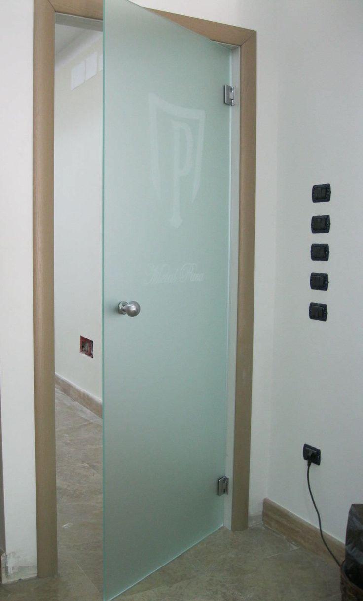 porta de abrir com dobradiças com vidro jateado tudo sob medida.consulte-nos