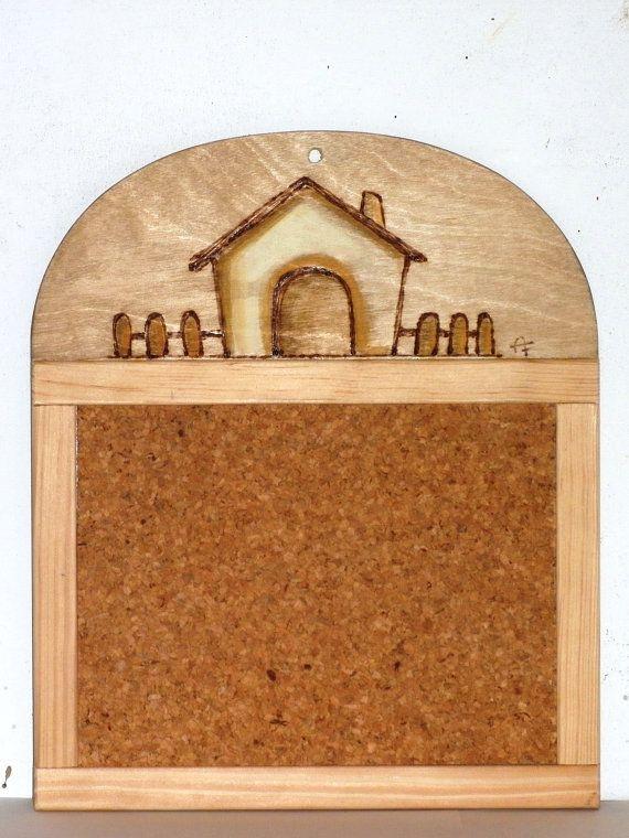 tavoletta in sughero con cornice e base in legno di ceramicaelegno, €15.00