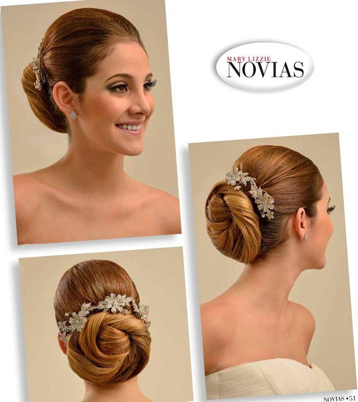 ELEGANTE RECOGIDO Un peinado ideal para el día de tu boda, tanto por la comodidad