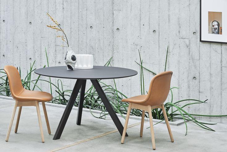 CPH 20 table and Neu chair.