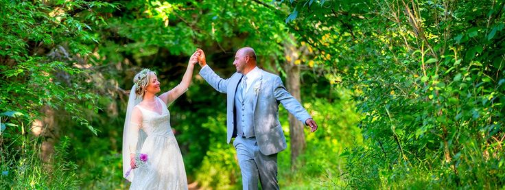 Toronto is an amazing and brilliant location that attracts huge numbers of people to conduct their wedding event.