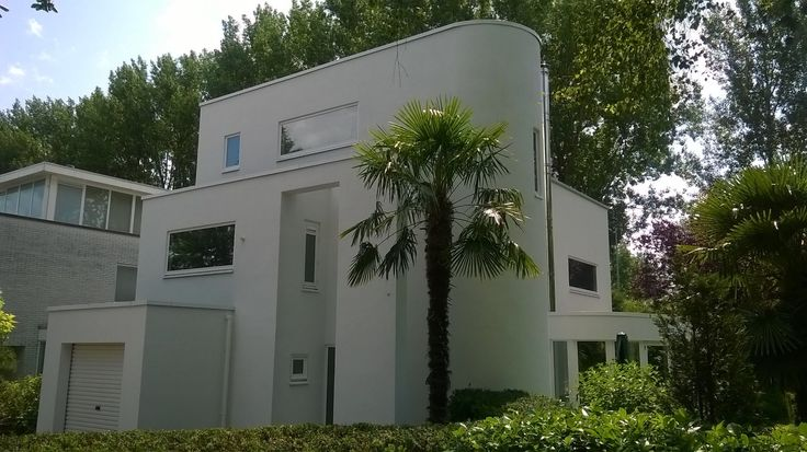 1000 ideas about bauhaus architecture on pinterest walter gropius bauhaus building and hans. Black Bedroom Furniture Sets. Home Design Ideas