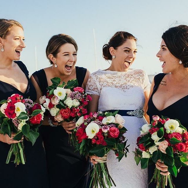 The stunning Asha and her beautiful bridesmaids  photography by @capt_rapt_photo