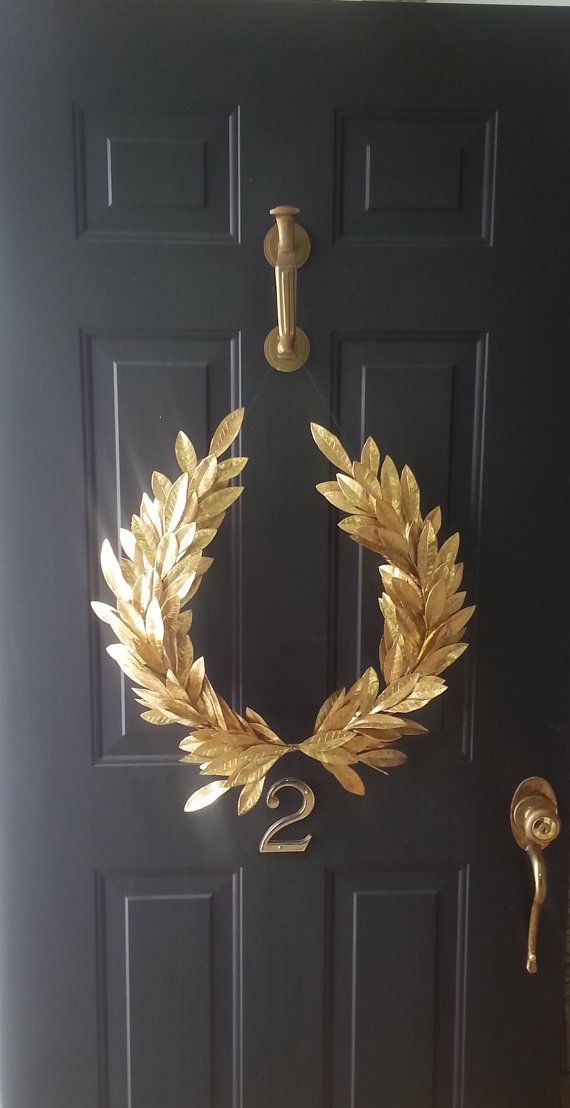 Year round everyday decor gold laurel bay leaf crest for Crest home designs curtains