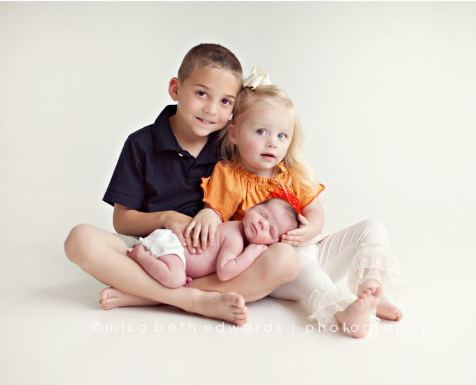 Siblingsnewborn photography