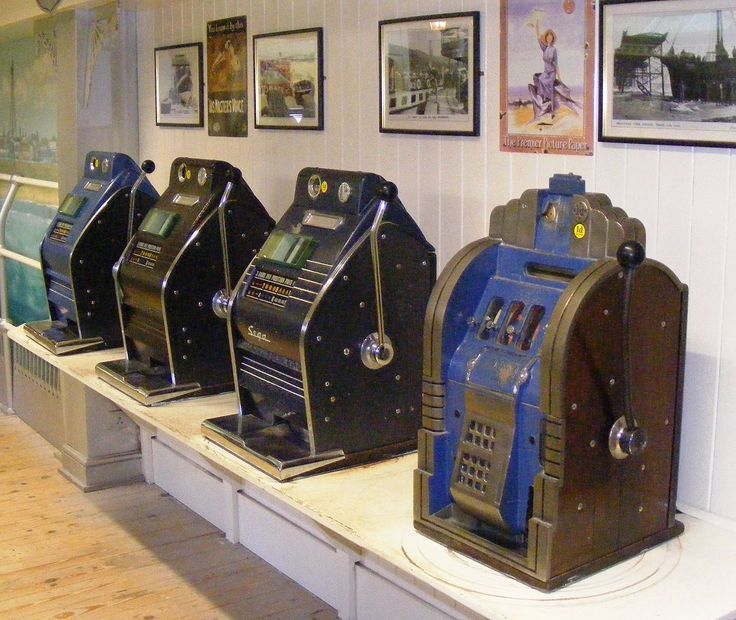 Slot machines back in the day!!