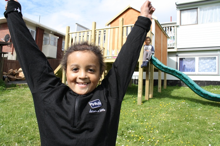 Elijah gets his jungle themed playhouse and flying fox thanks to Fly Buys members swiping at the Carter Fountain kiosk and donating their points. That's one happy wee boy! #littlebitgood