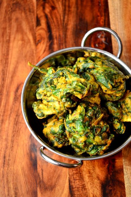 Spinach Pakoras - a simple and quick recipe for spinach pakoras, perfect alongside a delicious curry, or even alone with some mango chutney.